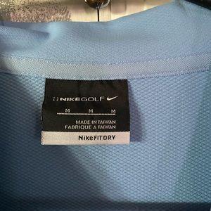 Basically NEW Nike Men's Golf Shirt